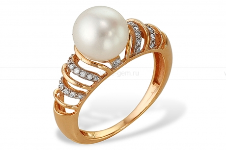 Кольцо из красного золота с белой жемчужиной 7-7,5 мм. Артикул 12056