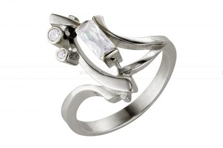 Кольцо из серебра 925 пробы с фианитами. Артикул 12363