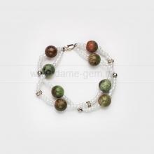 Двойной браслет из гелиотропа, украшенный бисером и стразами. Артикул 12380