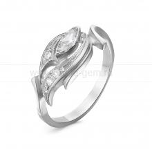 Кольцо из серебра, украшенное фианитами. Артикул 12530
