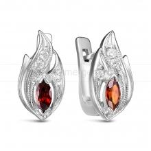 Серьги из серебра 925 пробы, украшенные красными фианитами. Артикул 12556