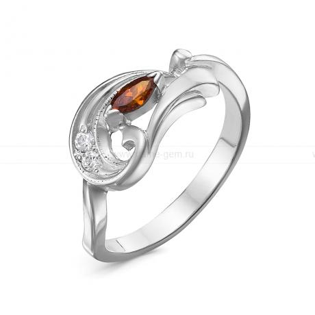 Кольцо из серебра 925 пробы, украшенное красными фианитами. Артикул 12573